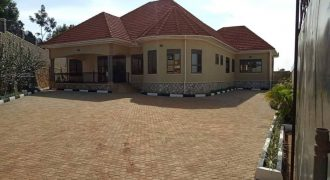 House for sale in Kira town at shs 600,000,000