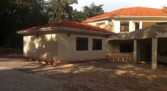 House for sale in Gayaza Kalangala road at shs 1,700,000,000