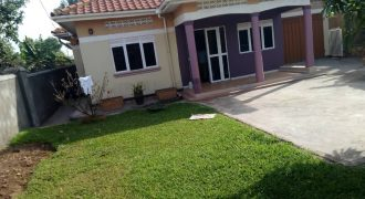 House on sale in Kyaliwajjala-agenda at shs 200,000,000