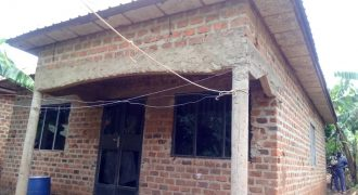 Shell house for sale in Senge Wakiso at shs 45,000,000