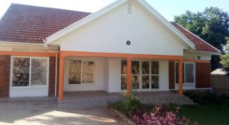 House for sale in Kigowa Kisasi at shs 700,000,000