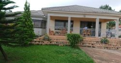 House for sale in Muyenga at shs 750,000,000