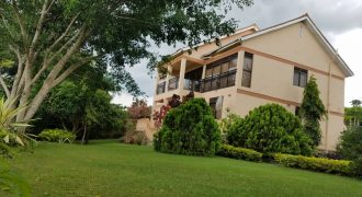 House for sale in Entebbe at shs 1,500,000,000