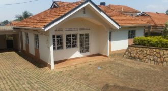 House for sale in Naalya Estate at shs 400,000,000