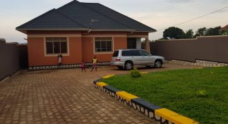House for sale in Kitagobwa at shs 240,000,000