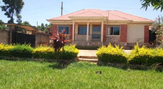 House for sale in Kitende at shs 150,000,000
