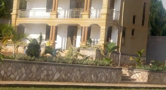 House for sale in Mukono town at shs 900,000,000