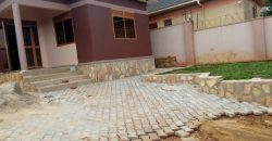 House for sale in Nalumunye at shs 180,000,000