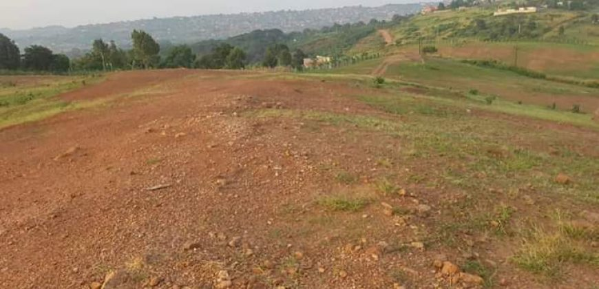 Plots for sale in Bunga Kawuku at shs 450,000,000