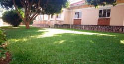 Bungalow for sale on Mutungo hill at 450,000 US dollars.