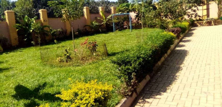 House for sale in Gayaza Magere at shs 350,000,000
