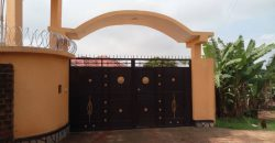Houses for sale in Kitala Entebbe road at shs 350,000,000