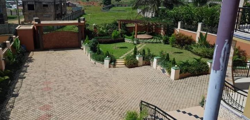 House for sale in Luzira at shs 500,000 US dollars
