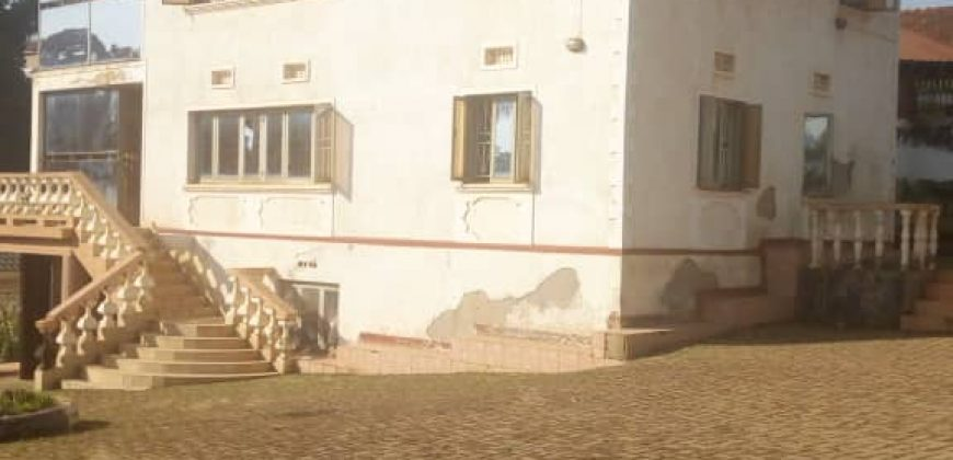 House for sale in Mengo Rubaga at shs 1,500,000,000