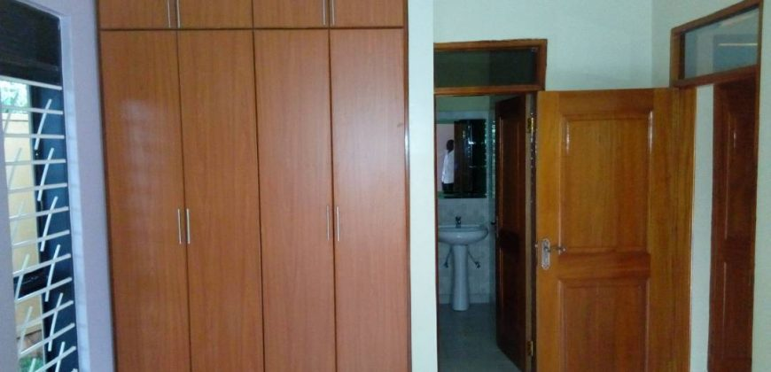 House for sale in Bombo Kavule at shs 400,000,000