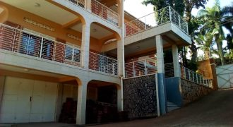 House for rent in Naguru at shs 2000 US Dollars