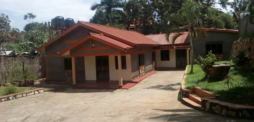 House for rent in Ntinda at shs 1200 US dollars