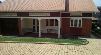 House for rent in Kamwokya Mawanda road at shs 2,000,000