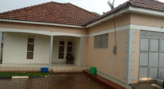 House for sale in Kira at shs 370,000,000