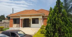 House for sale in Kyanja at shs 270,000,000