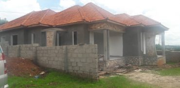 Shell house for sale in Kyanja Kungu at shs 300,000,000