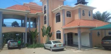 House for sale along Entebbe road at shs 1,000,000 US dollars