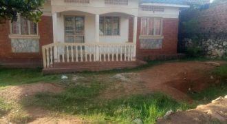 House for sale in Matugga at shs 70,000,000