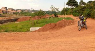 Plots for sale near Bukasa stage at shs 400,000,000