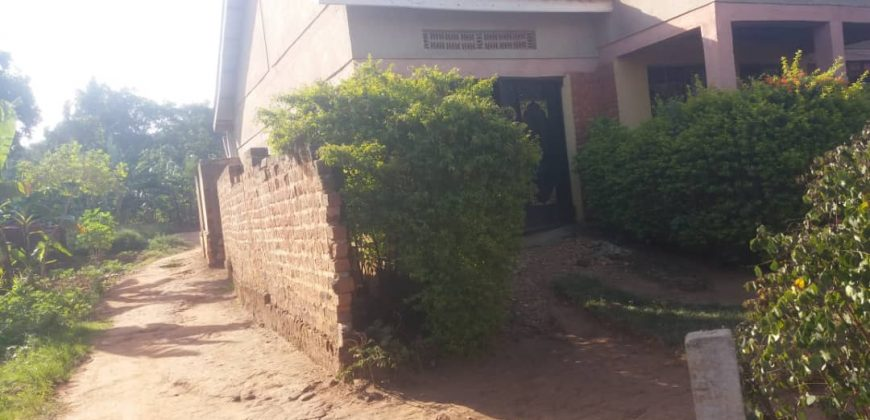House for sale in Wampewo Gayaza road at shs 60,000,000