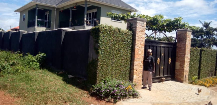 House for sale in Bwerenga Entebbe road at shs 450,000,000