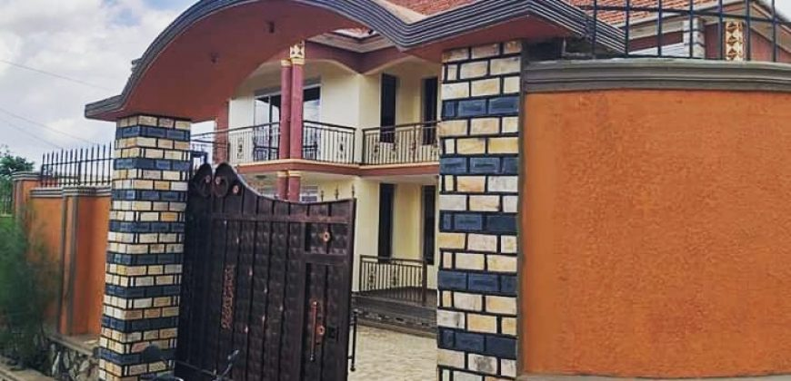 House for sale in Kyanja at shs 600,000,000