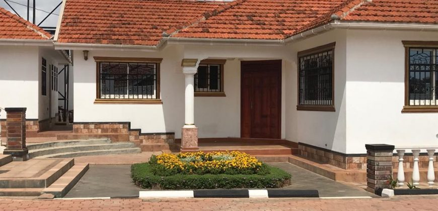 Bungalow for sale in Lubowa at shs 550000 US dollars