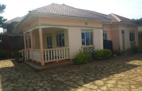 House for sale in Bweyogerere Bbutto at shs 180,000,000
