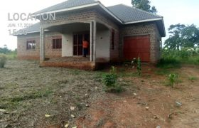 House for sale in Wakiso Banda at shs 150,000,000