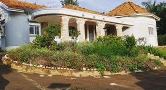 House for sale on Mutungo hill at shs 1,600,000,000