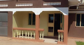 House for sale in Seeta at shs 220,000,000