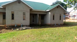 Hostels for sale in Mukono at shs 450,000,000