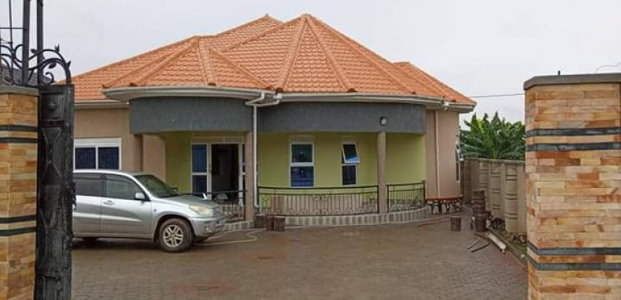House for sale in Namugongo Sonde at ss 290,000,000