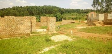 Plots for sale in Kakiri Kikandwa at shs 12,000,000