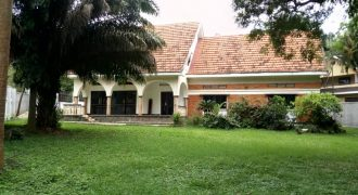 House for rent in Kololo at shs 3500 USD