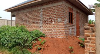 House for sale in Nakwero Gayaza at shs 35,000,000