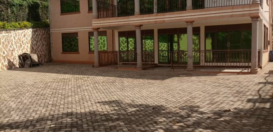 House for sale in Katale Entebbe at shs 600,000,000