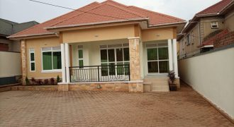 House for sale in Kitende Entebbe road at shs 360,000,000