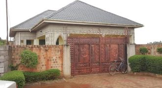 House for sale in Bwelenga Entebbe road at shs 150,000,000