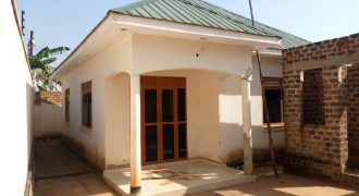 House for sale in Nakwero at shs 60,000,000