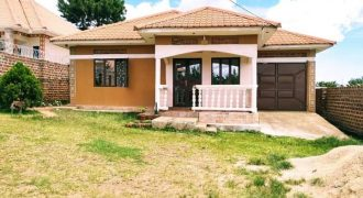 House for sale in Namugongo Kiwango at shs 160,000,000
