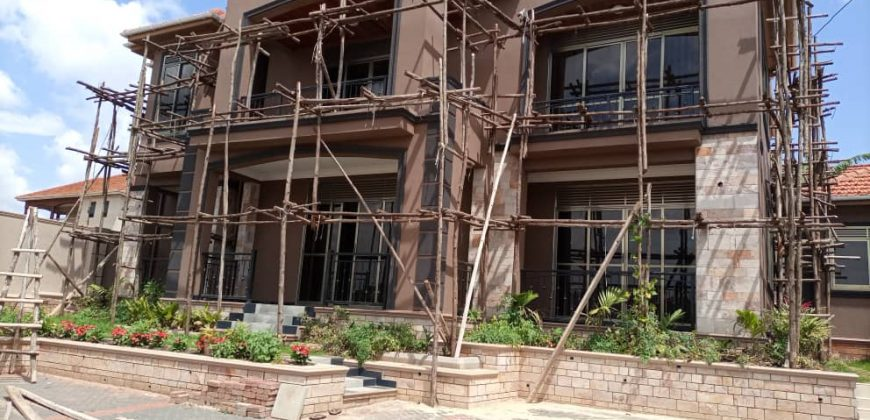 House for sale in Kira at shs 850,000,000
