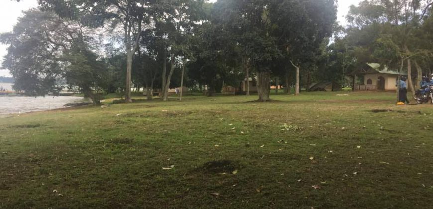Plots for sale in Bombo at shs 25,000,000