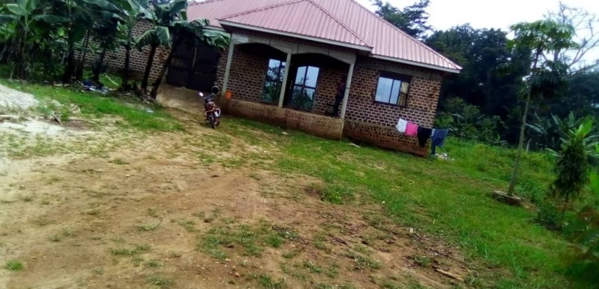 Shell house for sale in Mukono at shs 50,000,000