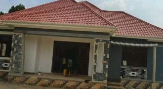 House for sale in Nkowe at shs 200,000,000